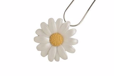 Picture of Daisy Medium Pendant (3cm diameter) & Chain