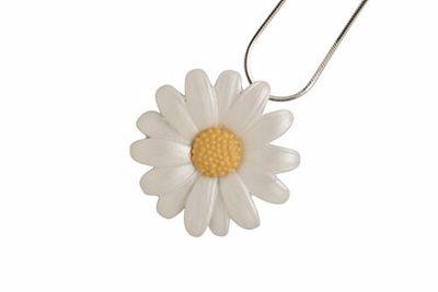 Picture of Daisy Medium Pendant (3cm diameter) & Chain