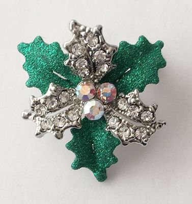 Picture of Holly Brooch 3cm high